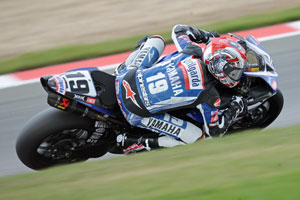 Is Spies on his way to MotoGP in 2010 despite Yamaha announcing he'll stay in WSBK?