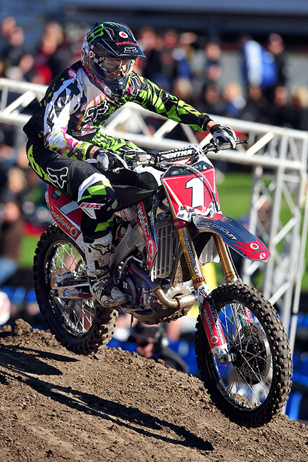 Chad Reed will be Honda mounted in 2011 for his own team, TwoTwo Motorsports. Image: Sport The Library.