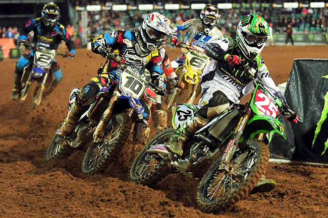 Josh Hansen continues to lead Super X 2010, but expect Marmont to build momentum over the coming weeks. Image: Sport The Library.