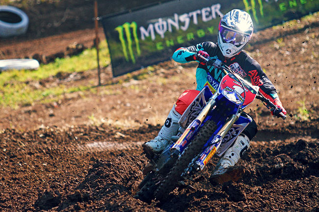 Luke Styke clinched the title for Serco Yamaha and debuted the number one plate in moto two. Image: Simon Makker/Makkreative.com.