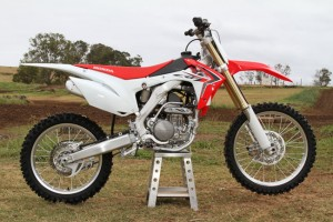 2014 Honda CRF250R and CRF450R test gallery