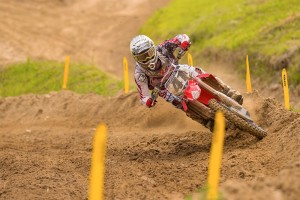 Canard re-signs with Honda through 2016 season