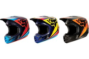 Product: 2015 Fox V4 Race Helmet