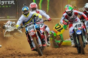 Replay: The crashes of MXoN 2014