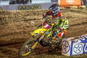 Moss dominates Australian Supercross opener at Bathurst