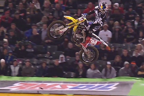 Replay: Roczen cases Oakland triple