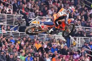 Highlights: 2015 AMA Supercross Rd13 St Louis