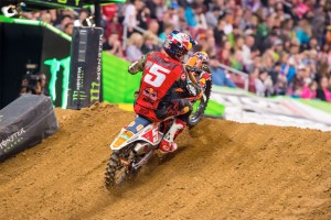 Dungey could clinch 2015 supercross crown in Houston