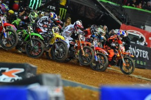 Highlights: 2016 AMA Supercross Rd8 Atlanta