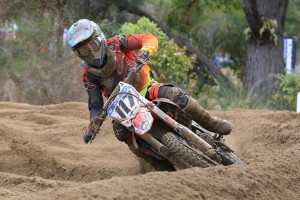 Wilson and Long snatch up championship points for the Crankt Protein Honda Racing Team