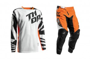 Product: 2017 Thor Fuse Air Dazz gear set