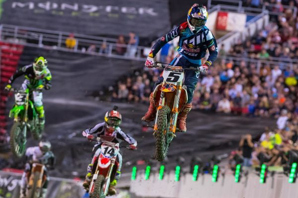 Highlights: 2016 Monster Energy Cup