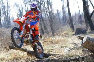 Viral: Get to know KTM's 2017 EnduroGP line-up