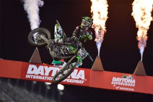 Tomac tops Martin in Daytona Supercross classic