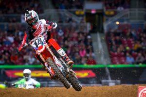 Seely sidelined following practice mishap in Seattle