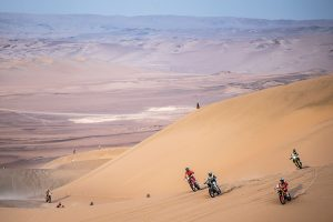 Price maintains Dakar lead as Metge wins penultimate stage