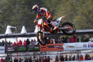 MX2 world champion Prado forced out of British grand prix