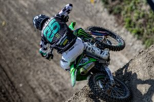 Factory Kawasaki renews MXGP contract with Desalle for 2020